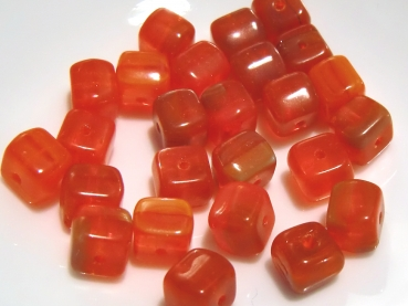 WÜRFEL Glasperlen 6,2mm ORANGE - 20St. - S507
